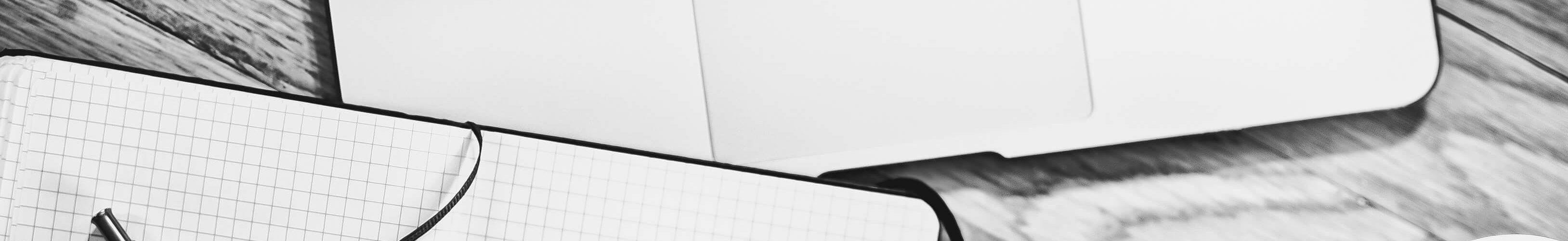 Schwarz-Weiß Laptop