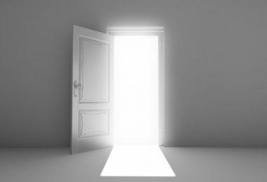 Einstieg ins Anschreiben = Türoffner - offene Tür