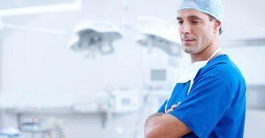 Jobbörse für Mediziner - Mediziner in Arbeitskluft