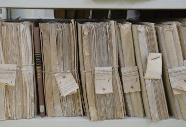 Dokumente für Bewerbung einscannen: Akten